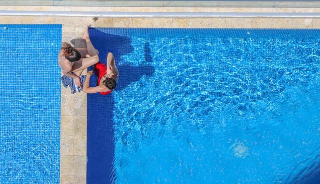 bazénové koupání