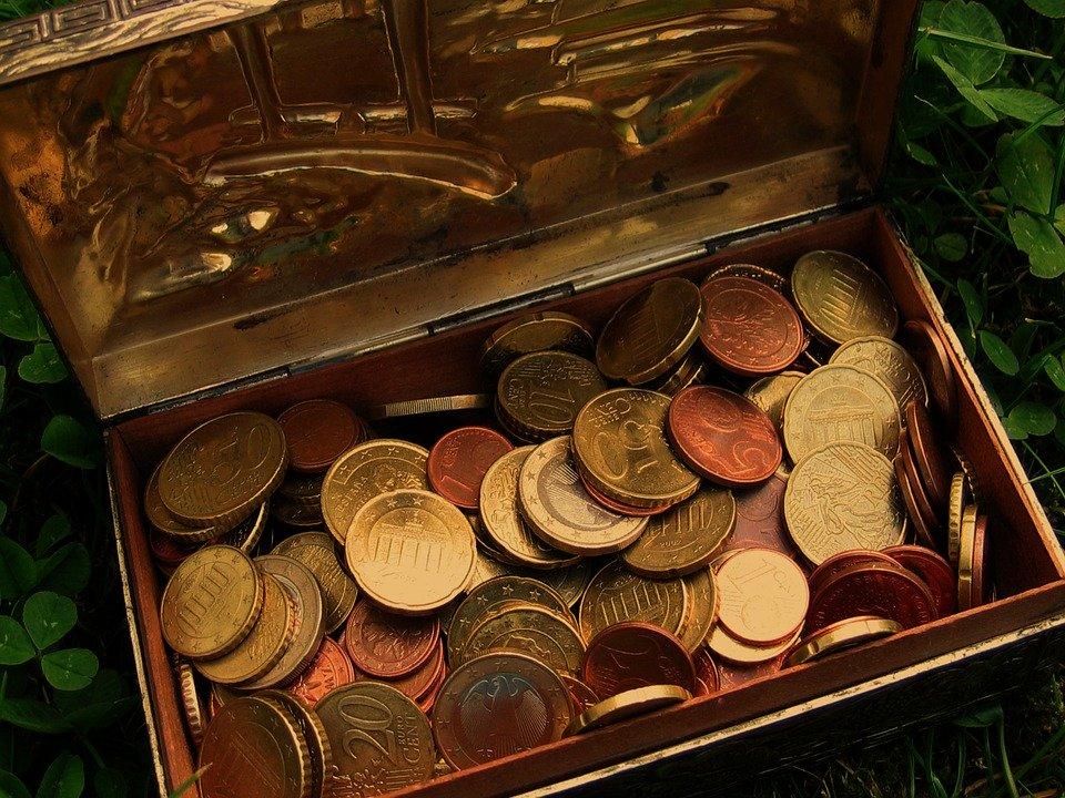 krabička s mincemi
